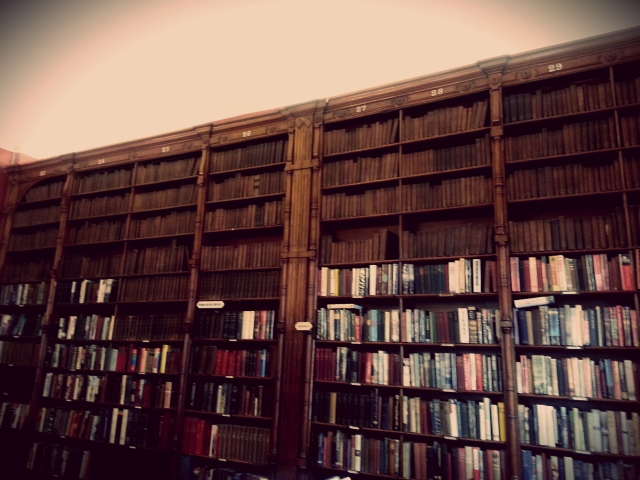 The library dates back to when the Club was opened and contains over 10 000 books